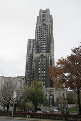 University of PittsburgのCathedral of Learning